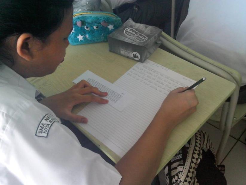 Lomba Baca-Tulis Aksara Sunda Tingkat SMA, MGMP Basa Sunda Kota Bandung.